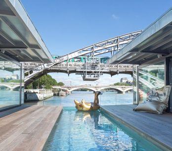 ¡El primer hotel flotante de París ya está abierto!