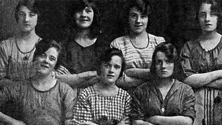 Questa foto prova l'esistenza dei fantasmi. O di Photoshop nel 1900