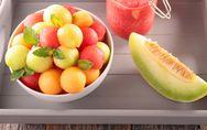 Melone: proprietà e calorie del frutto giallo, verde e arancione