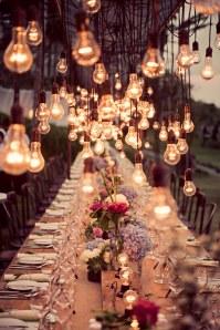 Lâmpadas na decoração suspensa
