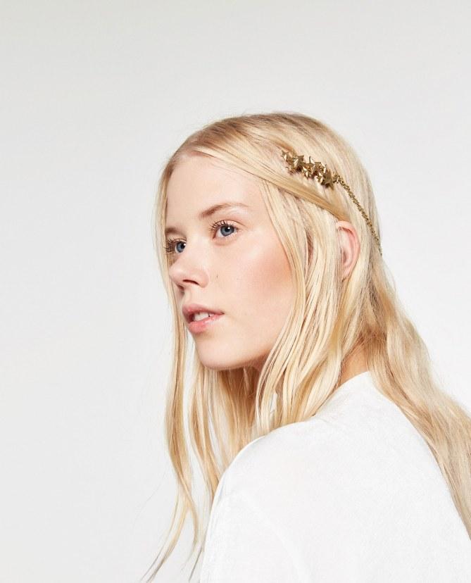 Le serre-tête étoiles, 9.95 euros sur le site Zara