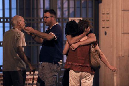Les habitants se retrouvent après l'attentat de Nice du 14 juillet