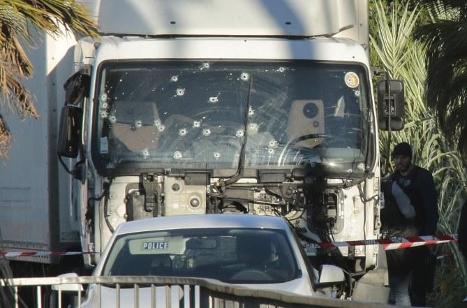 Attentat à Nice le 14 juillet 2016
