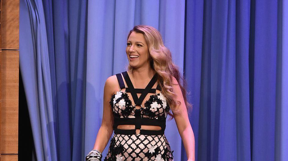 Blake Lively, enceinte, enchaîne les looks de grossesse sexy et stylés (Photos)