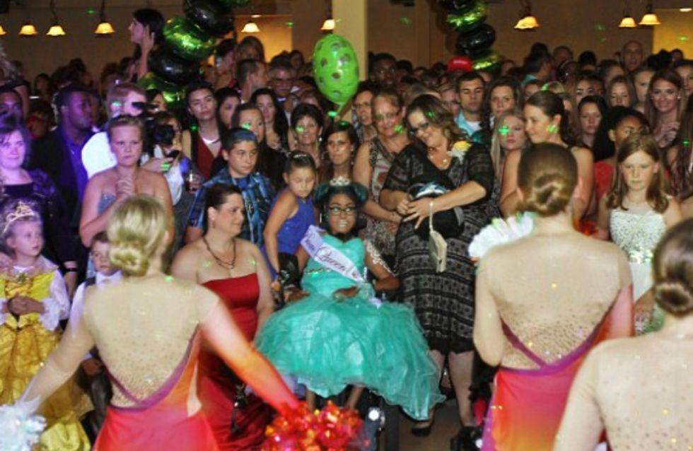 Atteinte d'une maladie incurable, cette adolescente a vécu la plus belle nuit de sa vie (Photos)