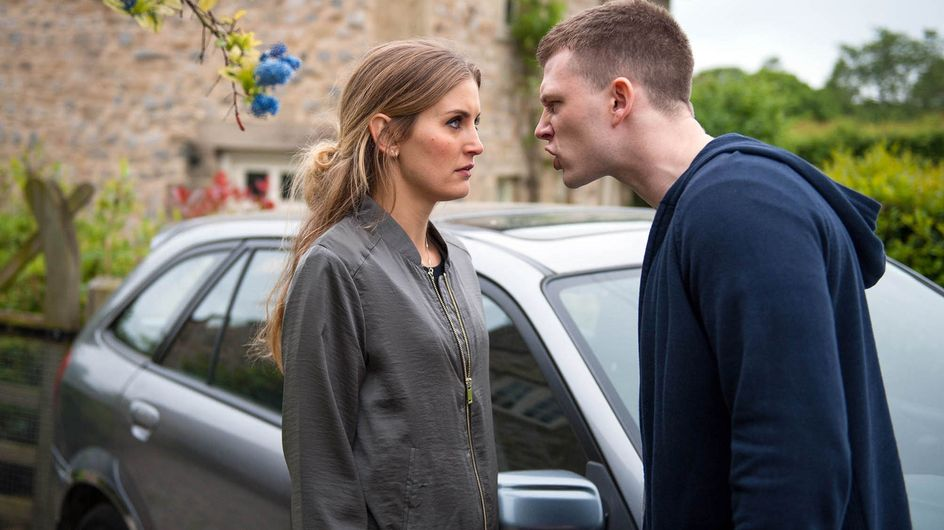 Emmerdale 01/8 - Holly goes to talk to Victoria but is stopped by Simon
