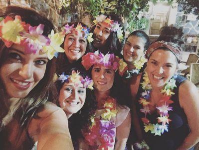 Sara Carbonero y sus amigos