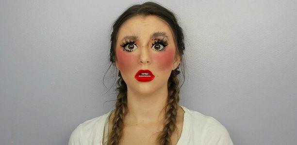 100 capas de maquillaje