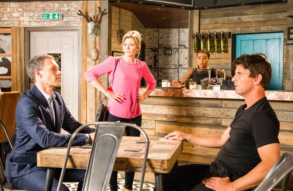 Coronation Street 10/8 - Three heads are better than one at Bistro
