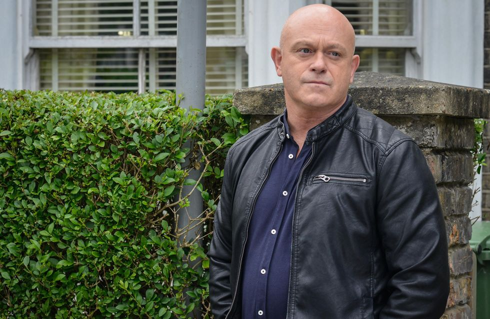 Eastenders 09/8 - Grant has a heart-to-heart with Jane