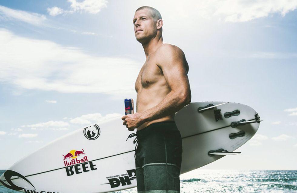 ¡25 surferos que harán que no quieras salir del mar!