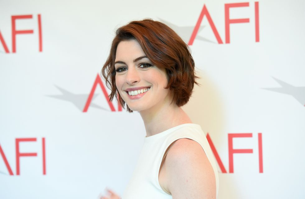 Körper verändern sich: Schauspielerin Anne Hathaway hat eine starke Botschaft für alle neuen Mamas