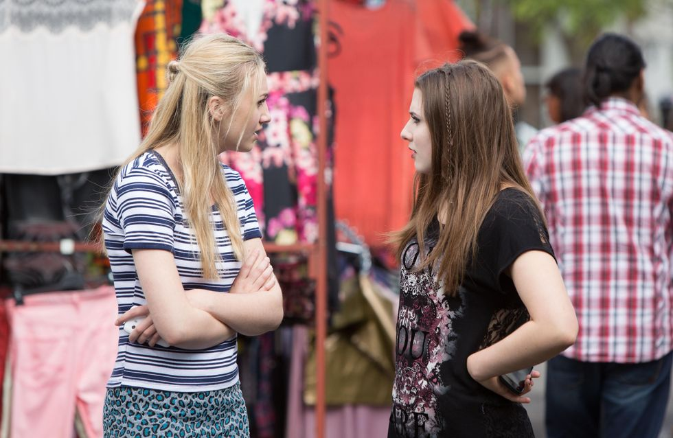 Eastenders 26/8 - Louise continues playing mind games with Bex