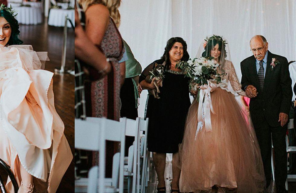 Esta noiva paraplégica levantou da cadeira de rodas para caminhar até o altar no dia do casamento