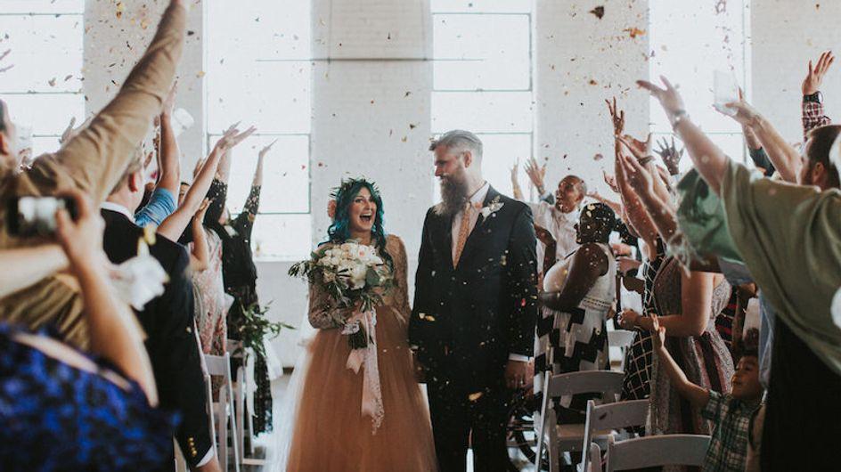 Ärzte glaubten, sie würde nie wieder laufen - doch an ihrem Hochzeitstag schafft sie das Unmögliche