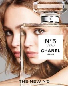 La campagne de Lily-Rose Depp pour Chanel n°5