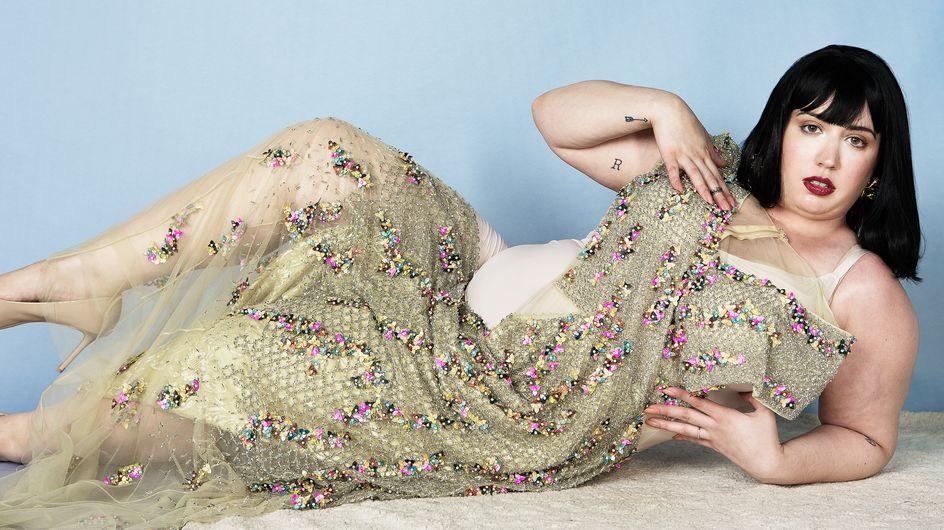 Cette blogueuse démontre que les vêtements portés par les mannequins sont vraiment PETITS (Photos)