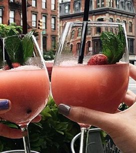 Forget Rosé, Frosé Is The New Coolest Drink Of The Summer And Here's Why