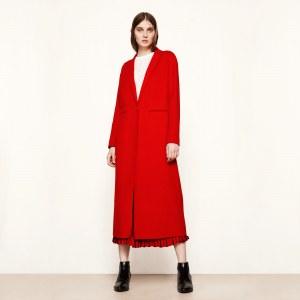 Le manteau rouge Galaxie de Maje, 450 euros