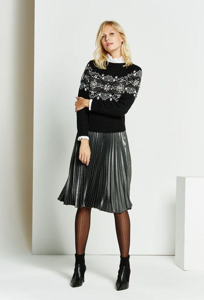 La jupe plissée lamée Stéréo signée Claudie Pierlot, 195 euros