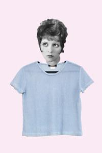Blusa azul de tricô, R$ 22
