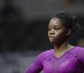 Gabby Douglas : Pourquoi les cheveux de l'athlète affolent-ils encore les intern