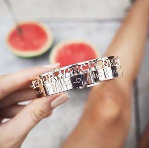 Les bracelets personnalisables Spell on me