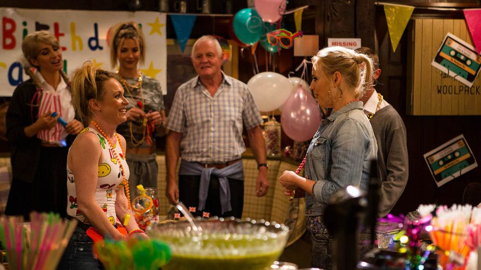 Emmerdale 09/9 - Tracy Is Chuffed With Her Surprise Birthday Party
