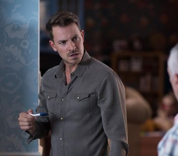 Hollyoaks 06/9 - Darren Tries To Hide His Guilt