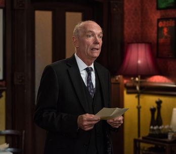 Eastenders 09/9 - Les Is Stunned By Pam's Suggestion