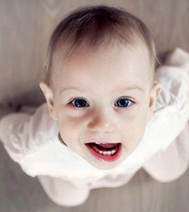 Babys erster Zahn macht Probleme? Schnelle Hilfe beim Zahnen