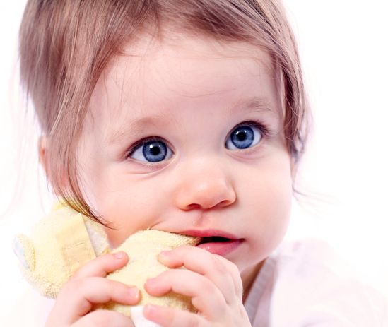 Babys Erster Zahn Schnelle Hilfe Beim Zahnen