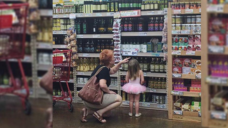 """""""Den Tag versüßt!"""": Mit ihrer Geste hilft diese Fremde einer gestressten Zweifach-Mama"""