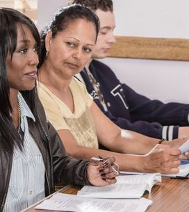 Eastenders 15/9 - Denise Attends Her First GCSE English Literature Class