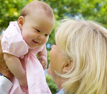 Maternidade tardia: como ser mãe aos 70 anos?
