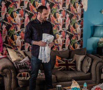 Eastenders 19/9 - Sonia Argues With Bex About Leaving Walford