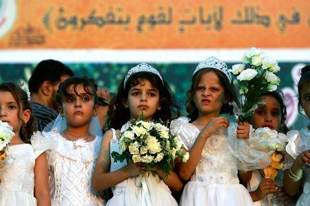 En France, 70 000 mineures sont menacées de mariages précoces