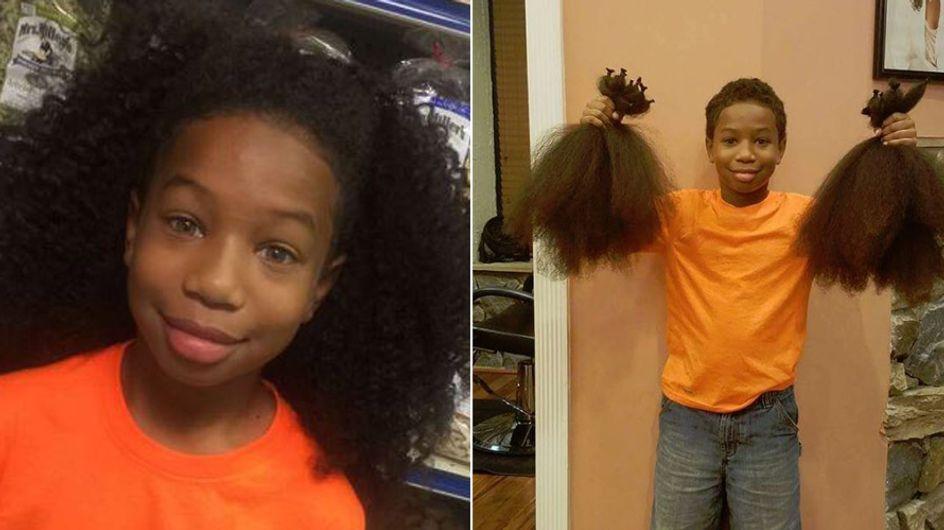 Dieser 8-Jährige ließ seine Haare 2 Jahre lang wachsen, um einem schwerkranken Mädchen zu helfen