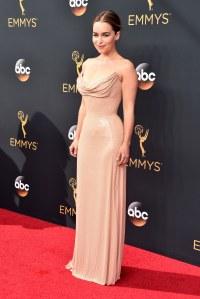 Emilia Clarke, Daenerys dans Game of Thrones, à la 68ème cérémonie des Emmy Awards