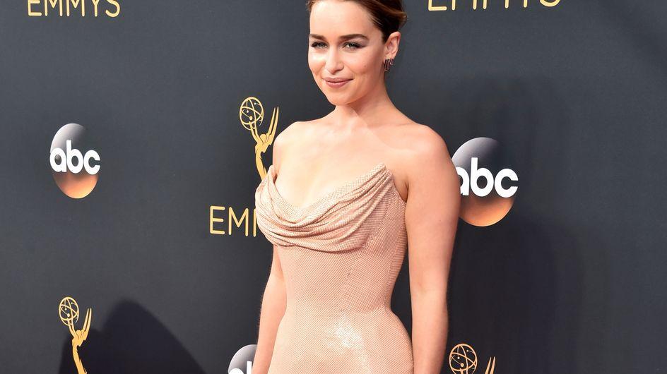 Emilia Clarke, ultra-sexy pour les Emmy Awards 2016 (Photos)
