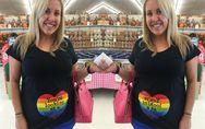 Diese werdende Mama trägt einen Regenbogen auf dem Bauch - und das aus einem tra