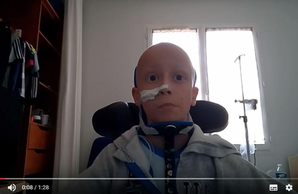 Un jeune garçon émeut Internet en parlant de son cancer sur YouTube (Vidéo)