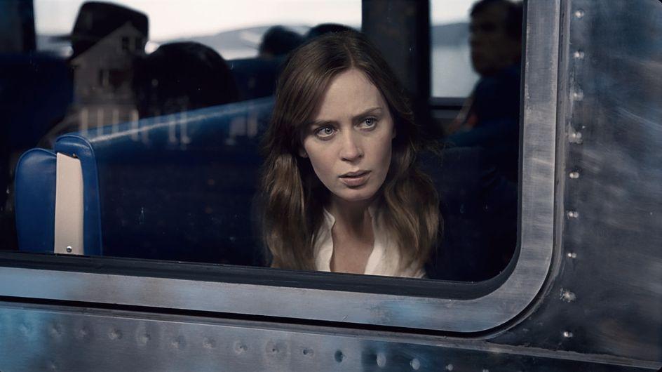"""Emily Blunt se dévoile dans la sombre bande-annonce de """"La fille du train"""""""