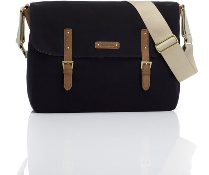 Schöne Wickeltaschen: was muss in die Wickeltasche?