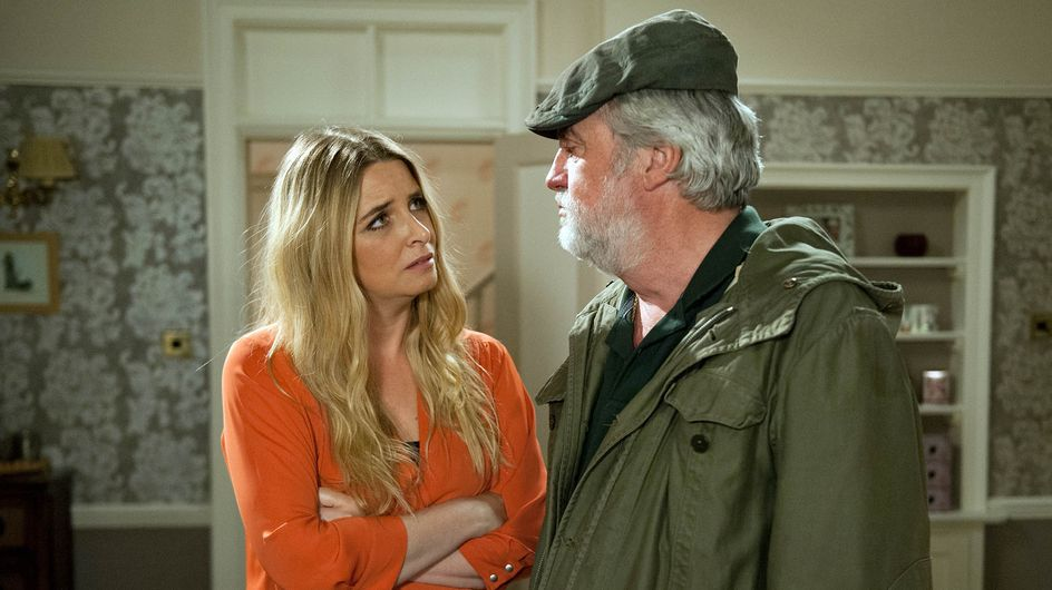Emmerdale 04/10 - Charity Tells Cain How It Is