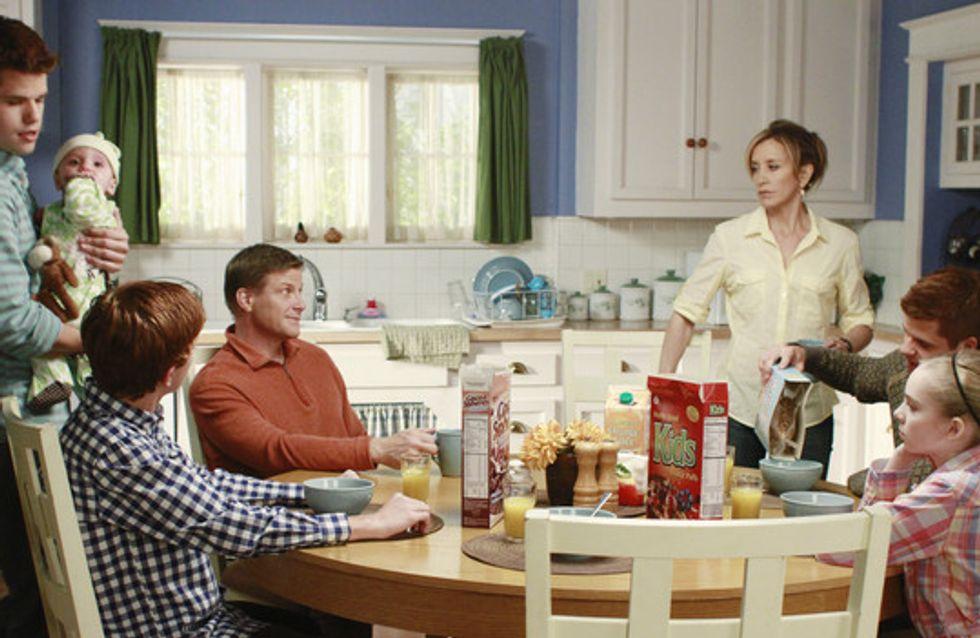 Les tâches ménagères font travailler les femmes 4 ans de plus que les hommes