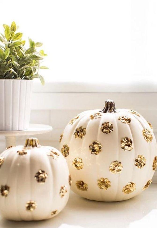 DIY-Halloween-Deko: Goldene Kürbisse