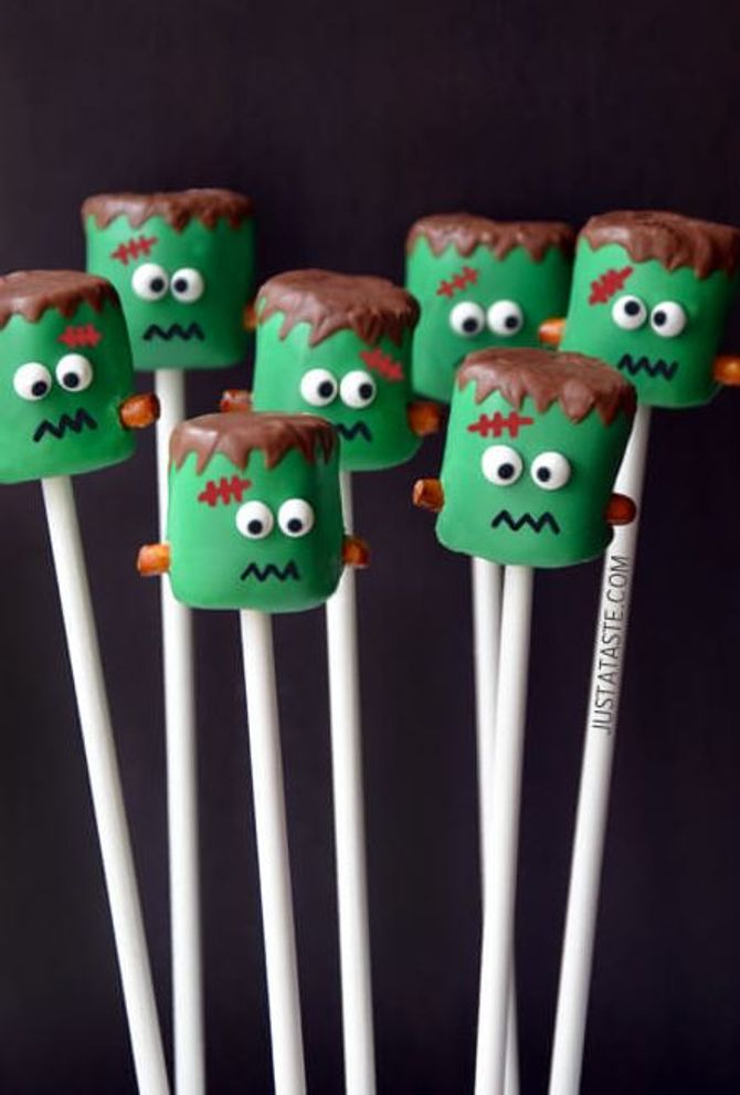 DIY-Halloween-Deko: Marshmallow-Monster