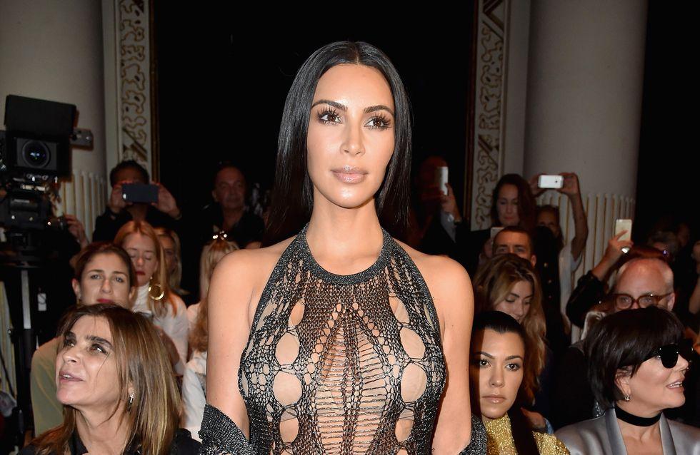 Kim... c'est quoi cette robe ? (Photos)
