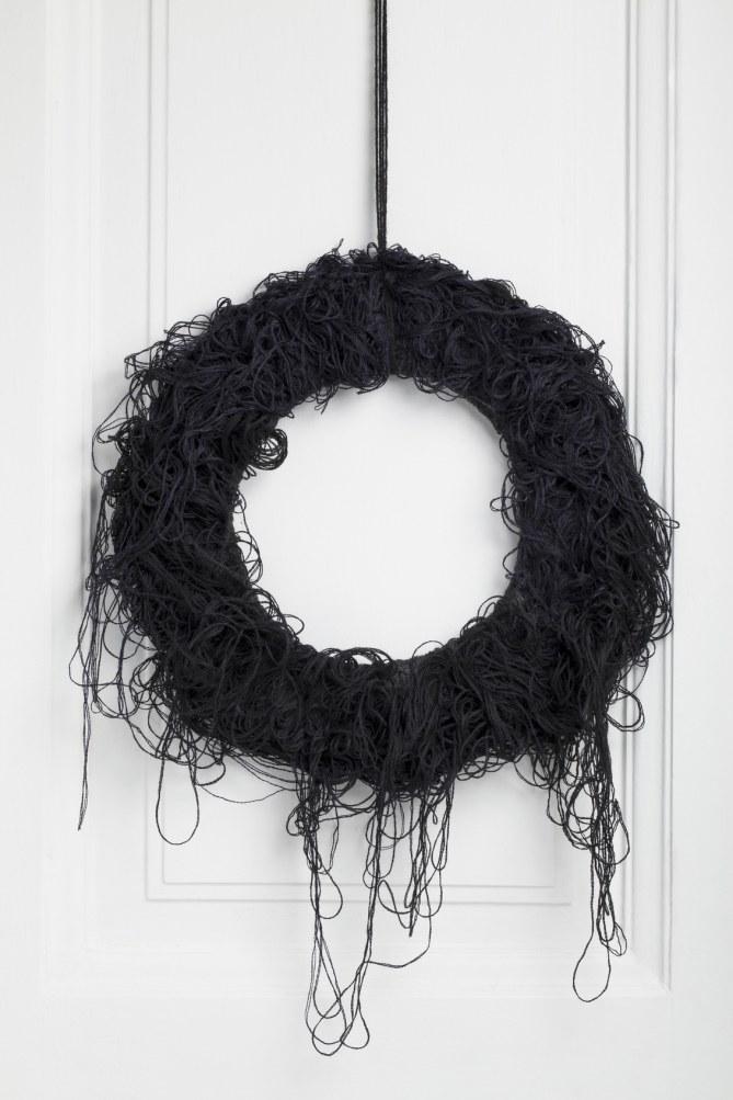 Halloween-Kranz in schwarz